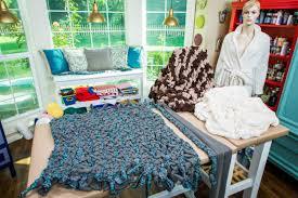 diy blanket how to diy braid blanket home u0026 family hallmark channel