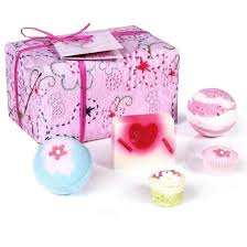 Bath Gift Sets Bomb Cosmetics Pretty In Pink Bath Gift Set Find Me A Gift