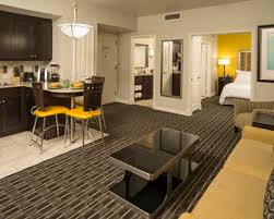 2 bedroom suite in miami miami beach hotel rooms suites hilton grand vacations at mcalpin
