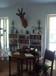 Edward Cullen Room Hemingway House Is The Cat U0027s Meow Feng Shui By Fishgirl