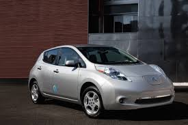 nissan leaf electric car review the green light review 2012 nissan leaf sv