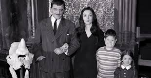 This U0027addams Family U0027 Netflix Trailer Is Mysterious And Spooky And