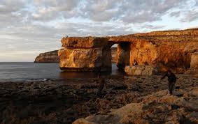 Azure Window by Malta U0027s U0027azure Window U0027 Rock Formation Collapses Into The Sea