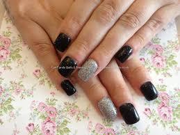 acrylic nails black and silver nail paint design