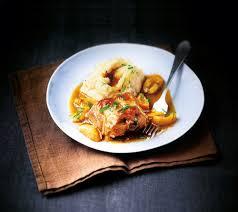 cuisiner du lapin facile recette lapin aux abricots et à la vanille