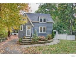 living in 1000 square feet living the cottage life charming fairfield county homes under 1 000