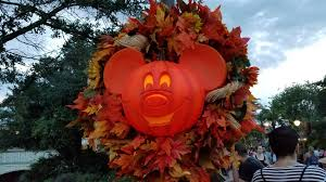 Save Money On Disney World Canadian Residents Save 25 On 4 Day Or Longer Tickets And Enjoy