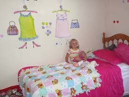 wall 2 wall stickers review emily reviews wall 2 wall stickers is on facebook and twitter if you like wall 2 wall stickers on facebook and join their email list by september 1st you will receive a