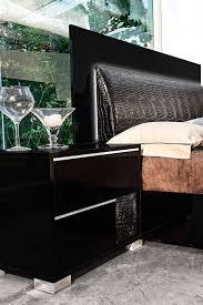 Modern Bed Set Black Bedroom Modern Vachel Panel Customizable Bedroom Set Black