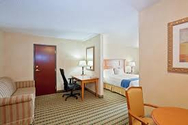 Comfort Inn And Suites Ann Arbor Holiday Inn Ann Arbor Mi Booking Com
