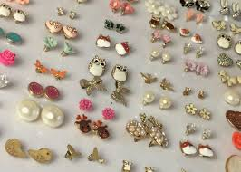 easy earrings diy and easy earring storage solution flutter and sparkle
