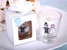 customized wedding favors personalized wedding favors wedpics the 1 wedding app custom