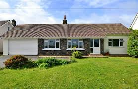 lovells property guernsey estate agents valuers auctioneers sole agency