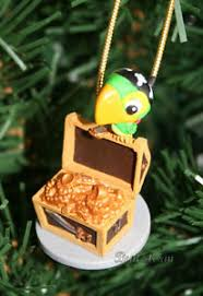 custom disney skully parrot ornament pvc jake