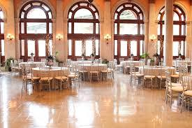 Cheap Wedding Venues In Richmond Va Jess U0026 Jeff U0027s Fun Richmond Va Wedding At Main Street Station