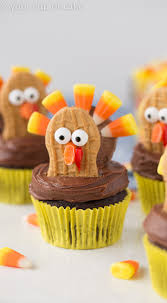home made thanksgiving decorations nutter butter oreo turkey cupcakes your cup of cake