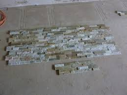 steinwand wohnzimmer mietwohnung haus renovierung mit modernem innenarchitektur schönes steinwand