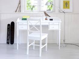 Kleiner Kinderschreibtisch Schreibtisch Weiß Mit Schubladen Daredevz Com