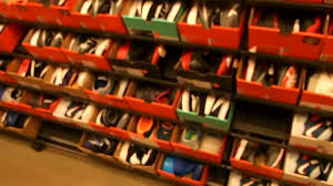 nike outlet black friday deals cheap nike shoes at factory outlet store at westgate mall saratoga