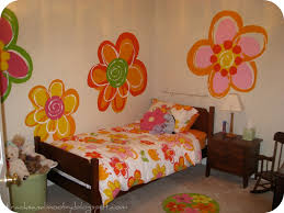 remodelaholic hand painted flowers for little girls room