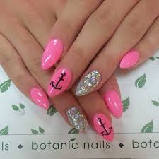 nails nails nails u003c333 not into the rounded nails but i love