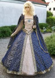tudor style wedding dress ideas