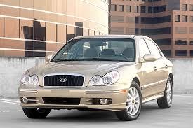 2002 hyundai sonata headlights 2004 hyundai sonata overview cars com