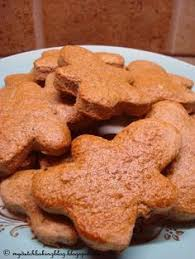 the dutch table kletskoppen dutch peanut lace cookies if you