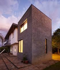 phillip lühl uses bagged concrete bricks for namibia house