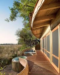 sandibe okavango safari lodge provides luxury getaway in africa