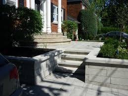 decoration minerale jardin champêtre ou contemporain deux styles d u0027aménagement paysager