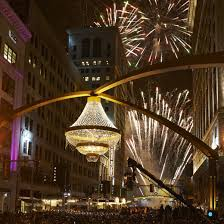 Largest Chandelier Tonight Show Cleveland Turned On World S Largest Chandelier Ge