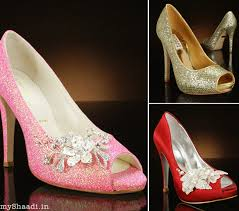 wedding shoes online india be a cinderella bridal shoes guide myshaadi in