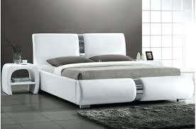 chambre a coucher blanc design chambre a coucher adulte design excellent chambre coucher moderne