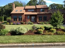 Landscaping For Curb Appeal - front yard landscape design for curb appeal