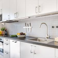 how to touch up white gloss kitchen cabinets how to fix peeling surfaces on thermofoil cabinets