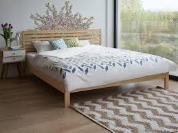 schlafzimmer bett bett hellbraun doppelbett holzbett 180x200 cm
