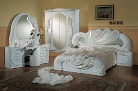 White Italian Bedroom Furniture Bedroom Luxurious Design Of White Traditional Italian Bedroom