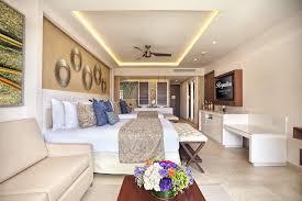 luxury accommodations royalton riviera cancun