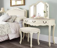 Bedroom Furniture Cream by Shabby Chic Bedroom Furniture Uk U003e Pierpointsprings Com
