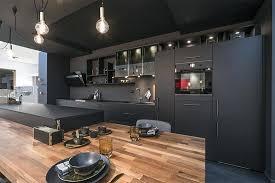 cuisine noir mat cuisine noir mat et bois cuisine noir mat et bois clair cethosia me