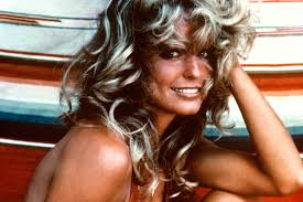 farrah fawcett hair color farah fawcett red swimsuit photo was almost completely different