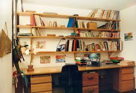 etagere sur bureau étagères bureau rangement bureau rangement lepolyglotte