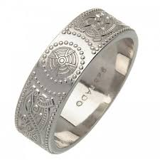celtic wedding bands silver celtic wedding ring an ri warrior wedding ring