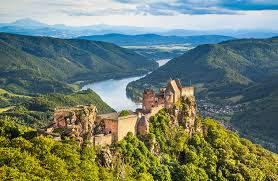15 top day trips from vienna planetware