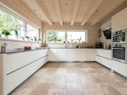 Wohnzimmer Ideen In Braun Hausdekorationen Und Modernen Möbeln Kleines Fliesen Wohnzimmer