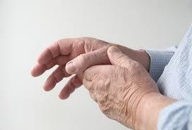 schmerzen in der handfläche nervenschmerzen in der ursachen und behandlung