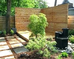 Landscaping Ideas For Backyard Privacy Privacy Hedge Ideas Landscaping Privacy Ideas Small Backyard