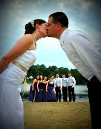 unique wedding photos unique wedding pose wedding photo ideas acf photography