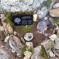 outdoor memorial plaques custom engraved outdoor memorials plaquemaker